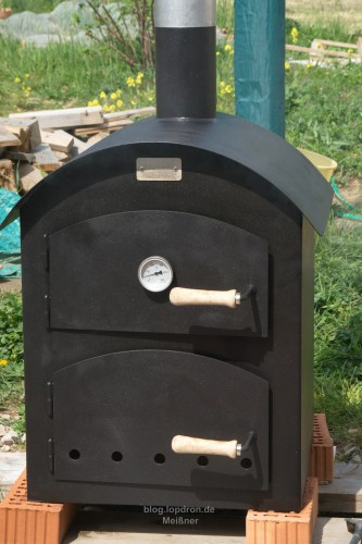 Der Ofen auf seinem provisorischem Platz
